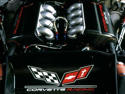 chevrolet corvette   picture    engine
