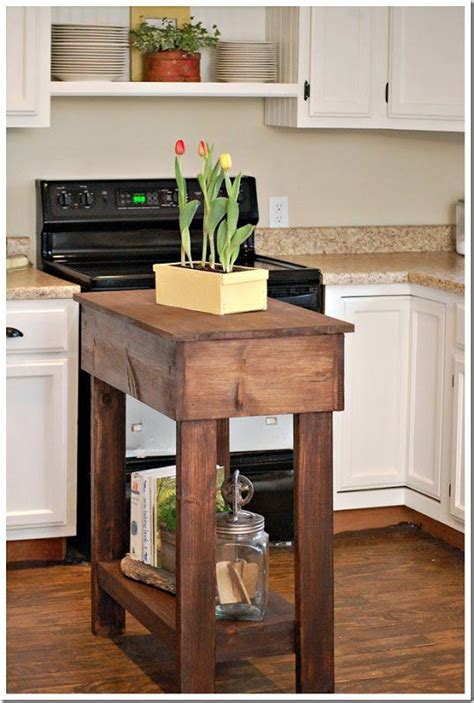 how to make a small kitchen island best 25 small kitchen islands ideas on small