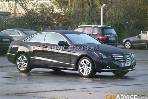 mercedes benz clk coupe spied  caradvice