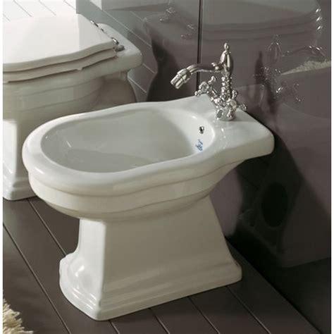 Royal Bidet althea royal bidet stojący 57x36 cm biała 27040 świat łazienek xxi w