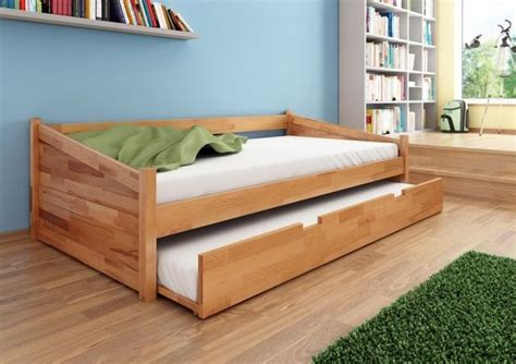 Futon Bett Holz by 25 Best Ideas About Trundle Bed Frame On