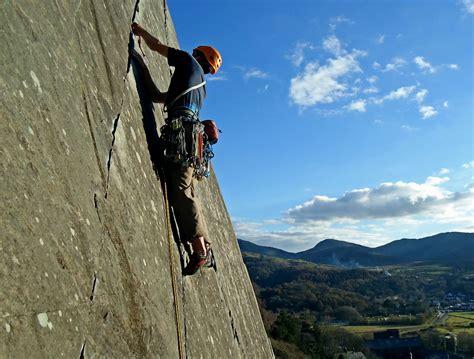 backyard climbing rock climbing streatorward