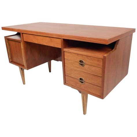 Mid Century Modern Desks For Sale Mid Century Modern Walnut Desk By Furniture For Sale At 1stdibs