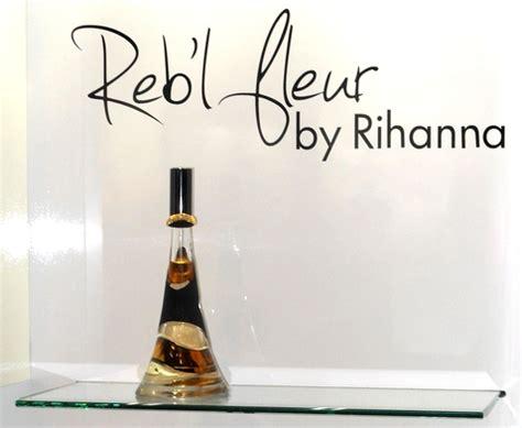 Harga Rihanna Di Indonesia reb l fleur bahasa indonesia ensiklopedia bebas