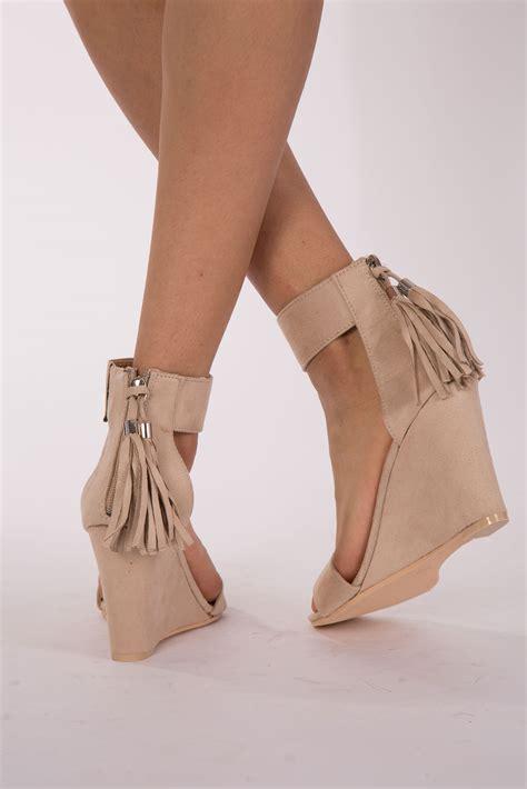 Heals Stap Beige beige high heel platform ankle wedge
