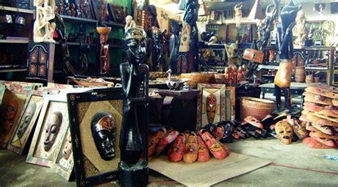 Topeng Khas Lombok Patung Cukli Khas Lombok berburu oleh oleh kerajinan khas lombok