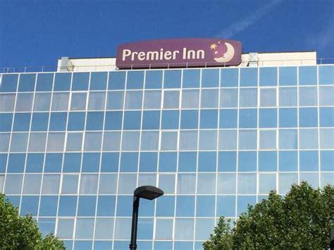 travel inn wembley cambio della guardia picture of premier inn