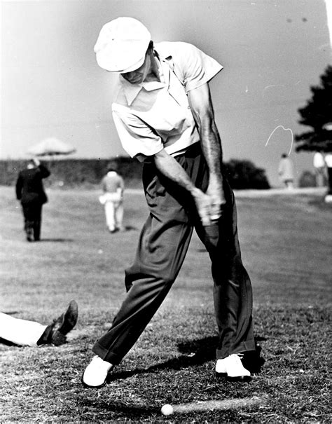 golf swing ben hogan ben hogan s perfect golf swing poses male pinterest