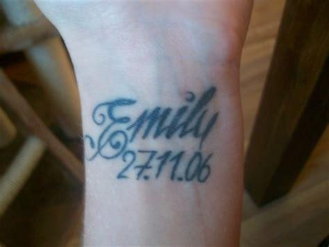 tattoo am finger verschwommen beste hand tattoos tattoo bewertung de lass deine