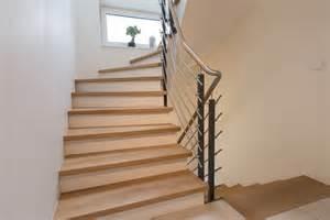 treppe mit holz verkleiden betontreppe mit holz verkleiden gatterdam treppen