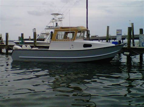 small pilot house fishing boats who makes pilot house cuddy cabin boats page 3 the