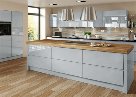 Grey Gloss Kitchen Cabinets by Welford Grey Gloss Mastercraft Kitchens