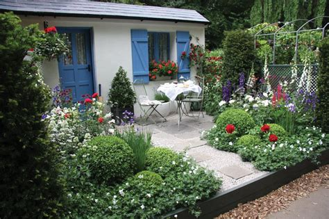 Coastal Cottage Plans solo traveller ideas mary rossi travel