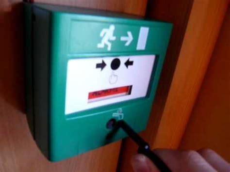 alarme incendie salle des fetes chambres voix sonnerie diffuseur sonore et ou lumineux sonos pour alarme ince
