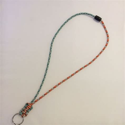 paracord survival lanyard 36 awesome paracord projects for preppers survival