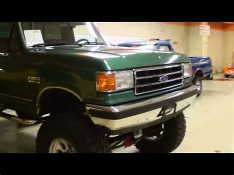 ford   lifted custom pickup