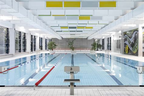 berlins  swimming pool architecture