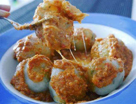 resep membuat cilok mantap resep cilok daging ayam bumbu kacang khas bandung pentol