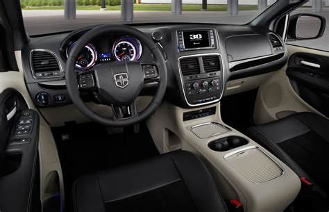 Dodge Grand Caravan Interior by 2014 Dodge Grand Caravan 30th Anniversary Edition Interior