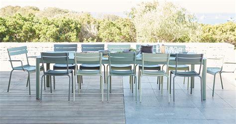 Exceptionnel Table De Jardin Fermob #5: Table-Ribambelle-et-chaises-Luxembourg-de-Fermob-mobilier-de-jardin.jpg
