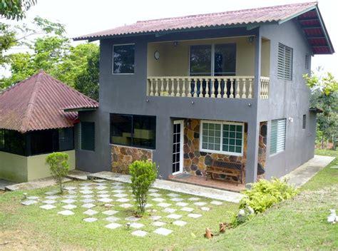 et casa fachadas de casas bonitas con balc 243 n o terraza fachada