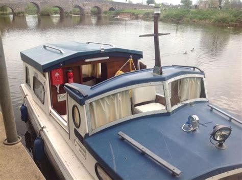 motor boats for sale gloucestershire 17 best ideas about cabin cruiser on pinterest chris