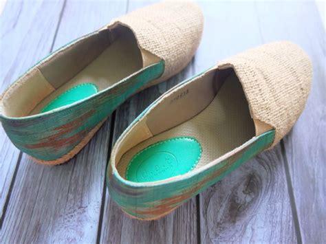 Sepatu Batik Coklat 3 til feminim dengan sepatu batik arcadia treasure