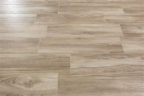 pavimento gres porcellanato effetto legno prezzi gres porcellanato effetto legno tree miele 20 2x80 2