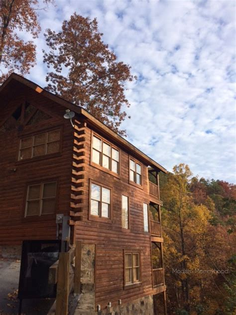 Sunset Cottages Pigeon Forge Tn by At The Horizon Pigeon Forge Cabin Modern Mommyhood