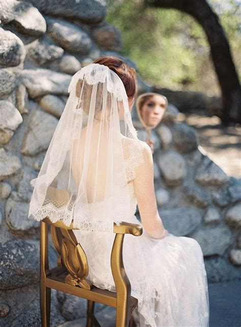 Vintage Wedding Hairstyles With Veil by Vintage Inspired Wedding Hairstyles And Veils Weddbook