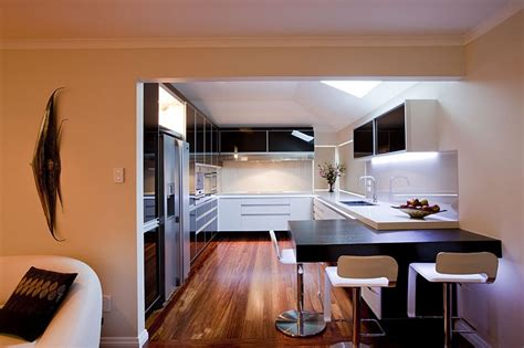 17 light filled modern kitchens by mal corboy 17 light filled modern kitchens by mal corboy