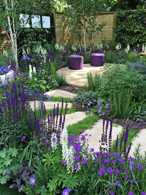 Purple Flower Garden Best 25 Purple Garden Ideas On Purple Flowering Bush Allium And Purple Ground Cover