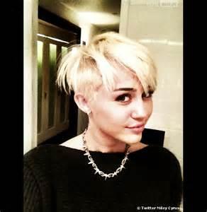 miley cyrus sa nouvelle coupe de cheveux horrible photos