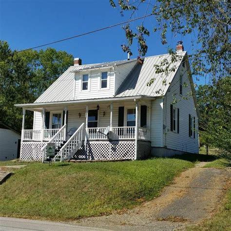 houses for rent christiansburg va 870 montgomery st christiansburg va for sale 99 500 homes com