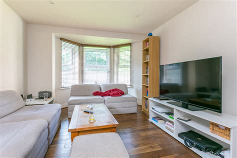 2 bedroom flat in hayes portico 2 bedroom flat recently let in east dulwich