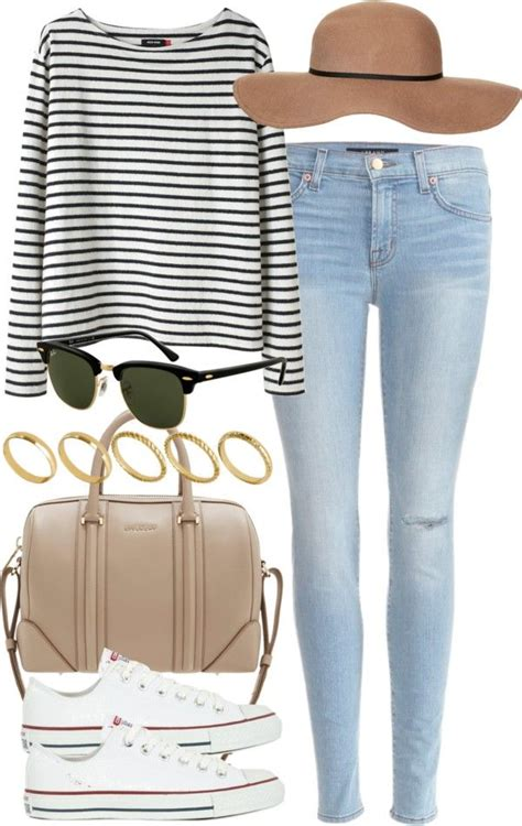 comfortable outfits for flying travel style 20 cute summer travelling outfits for women