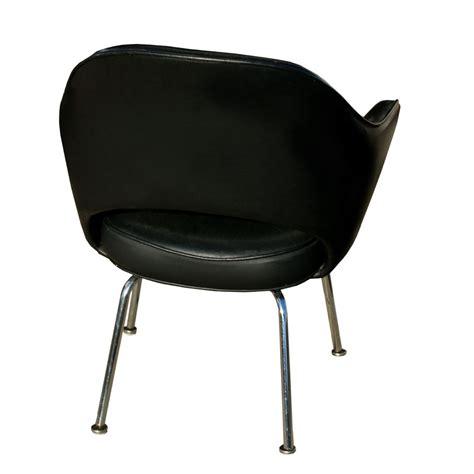 Knoll Executive Chair by Vintage Black Leather Knoll Saarinen Executive Chair