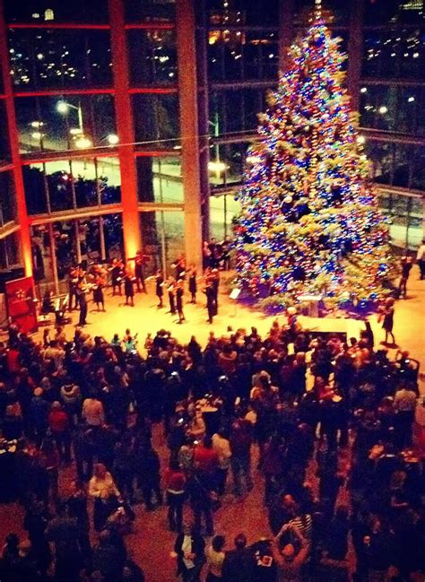 when is the lighting of the national tree tree lighting at the national gallery