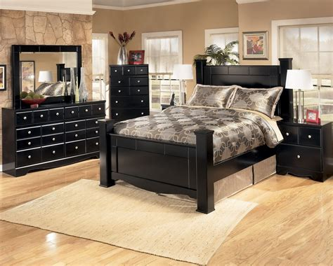Shay Bedroom Set by Poster Bedroom Set In Black Furniture Shay Photo By