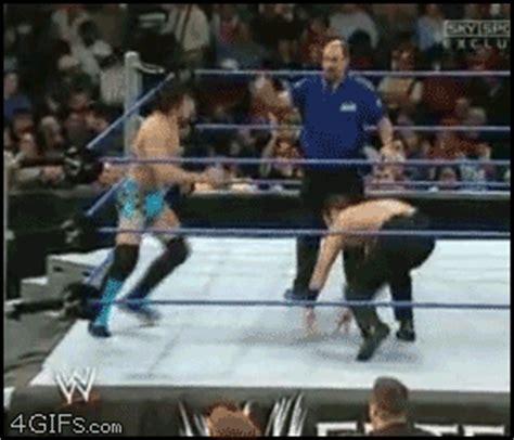 31 funny wrestling fails gifs – when professional