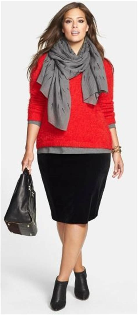 Top Xl Don T Look Putih choose the right shoes to style your pencil skirt
