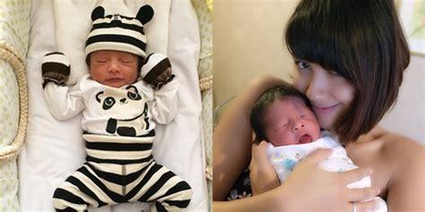 film ftv ryan delon dan sharena foto baru usia seminggu bayi sharena gunawan pandai