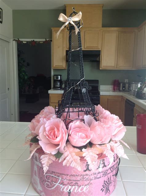 eiffel tower centerpieces ideas eiffel tower centerpieces par 237 s eiffel tower centerpiece centerpieces and sweet 16