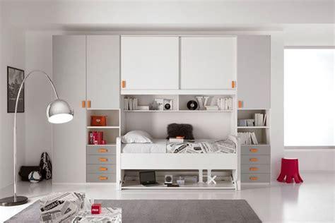 soluzioni salvaspazio da letto camerette ponte soluzione salvaspazio camerette moderne