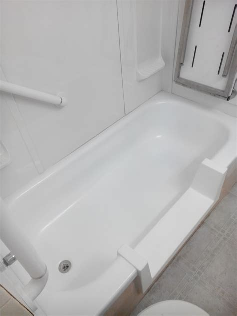 walk in bathtubs toronto walk in bathtubs toronto 28 images bathroom