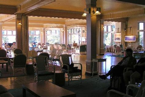 lake yellowstone hotel dining room open area w large picture windows lake yellowstone hotel
