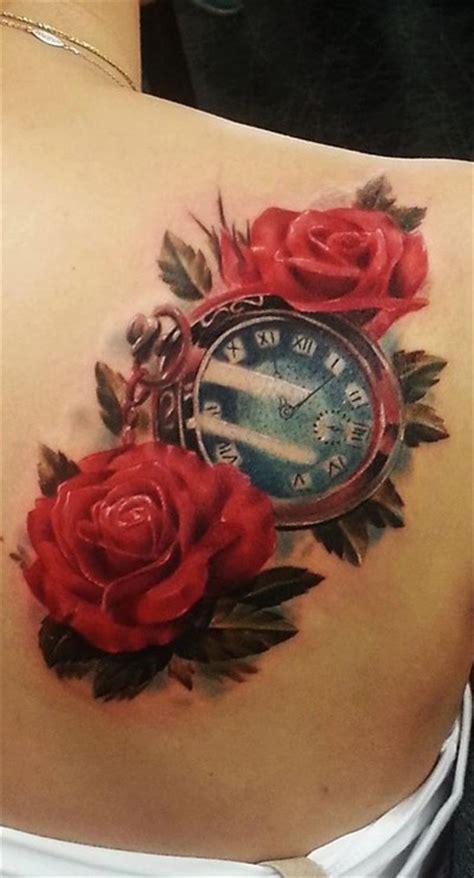 imagenes de tatuajes de rosas rojas tatuajes realismo flores