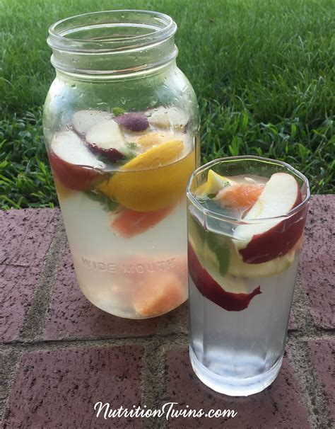 Acv Detox Water by Apple Cider Vinegar Detox Drink Nutrition