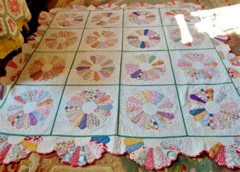 quilt pattern dresden plate free quilting land dresden plate quilt