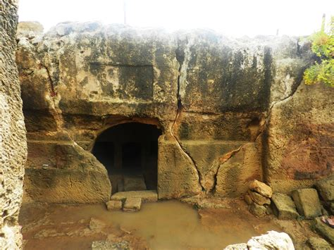 cipro turisti per caso paphos tombs of the viaggi vacanze e turismo